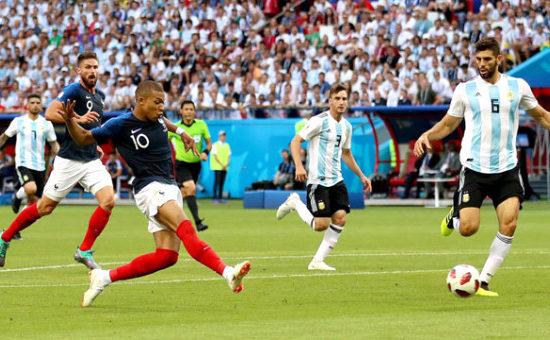 Dünya Kupasında İlk Çeyrek Final Takımı Belli Oldu